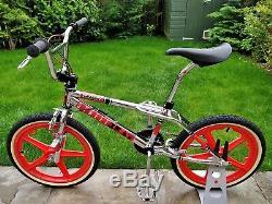 1988 SKYWAY STREET BEAT II Replica MAG Wheels Old School BMX Bike GT HARO RETRO