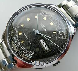 New Old Stock Mechanical 2628. H Raketa Perpetual Calendar Orient Colledge