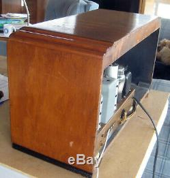 Old Antique Wood Zenith Vintage Tube Radio Restored & Working Deco Table Top
