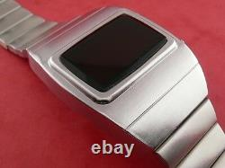 SILVER 1970s Old Vintage Style LED LCD DIGITAL Rare Retro Mens Watch 12/24 hr Om