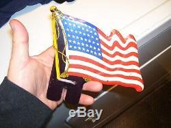 VINTAGE ORIGINAL 1940s -50s License plate topper US Flag old GM FORD CHEVY BOMBA