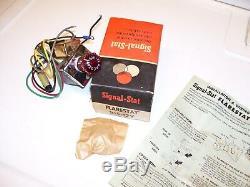 Vintage nos 1960' s Flarestat 105 accessory Flasher switch hazard emergency 12v