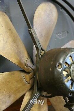 Antique Ge General Electric 6 Millésime Industriel Plafond En Laiton Pales Du Ventilateur 16 Vieux