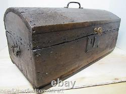 Antique Petit Dome Top Trunk Trésor Chest En Bois Document Box Vieille Patine Portée