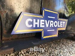 Antique Vintage Old Style Chevrolet Bowtie Signe