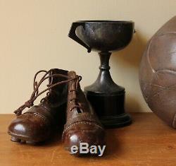 Bottes En Cuir Antique De Football. Old Vintage De Foot. Petite Taille Enfant 8