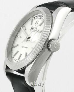Bulova Super Seville Day Date Acier Inoxydable Hommes Wrist Watch New Old Stock