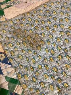 Courtepointe Antique Faite Main Avec Le Vieux Tissu Merveilleux De Cru 8 Conception D'étoile De Point