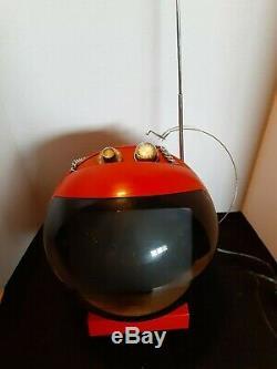 Espace Vintage Âge Psychédélique Antique Jetsons Atomique Old Style Mini Télévision