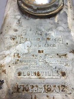 Goutte En Porcelaine Blanche En Fonte Blanche De Vtg Dans Un Évier Simple Pour Préparation De Cuisine, Vieux 61-18j