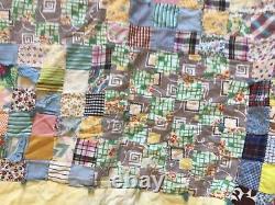 Incroyable Vieux Timbre-poste Vintage Antique Quilt, 68x84, 2squares