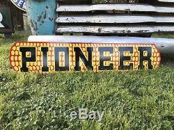 Signe De L'alimentation Des Semences De Maïs Pionnier, Ancien Et Vintage