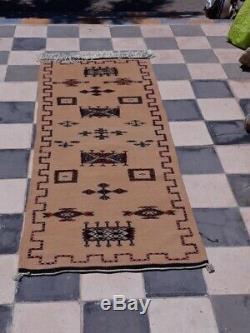 Tapis Marocain Antique. Vieux Tapis. Tapis Antique Handmad Berber En Laine, Vintage