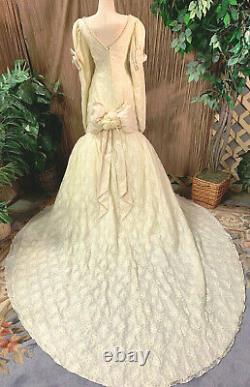 Vieille Vieille Dentelle Longue Manches Robe De Mariage Cosplay Renaissance Fair Gown Veil Sm