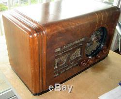 Vieux Antique Bois Zenith Vintage Tube Radio Restauré Et De Travail Deco Table
