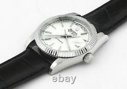 Vintage Bulova Super Seville Day Date S/steel Mens Wrist Watch New Old Stock