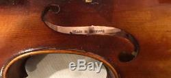 Violon Vieux Regards De Violon Antiques Vintages Pièces Et Sons Grands. Circa 1920