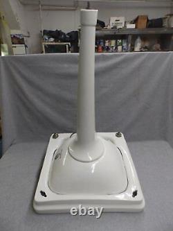 Vtg White Porcelain Peg Leg Sink Old Bathroom Madbury Plomberie Fixture 349-16